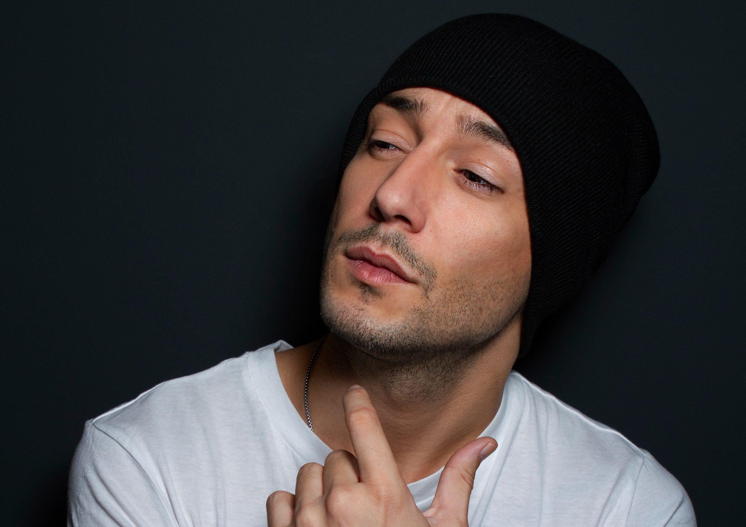 Jadel, cantante y compositor