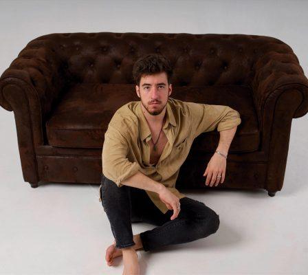 Alex Wall, cantante y compositor catalán