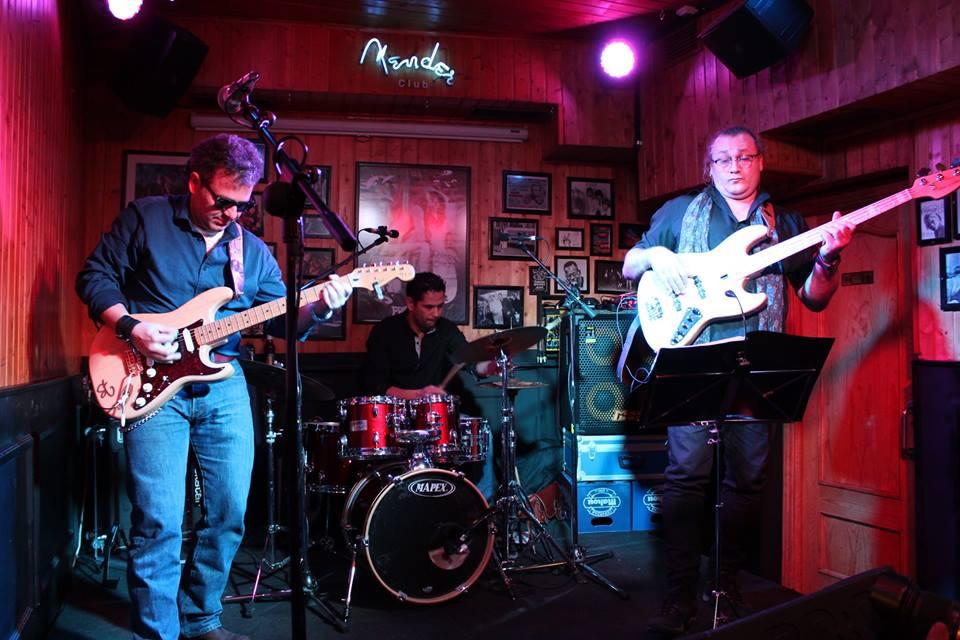 CRÓNICA | El blues y el rock de Stone Gómez en Fender Club